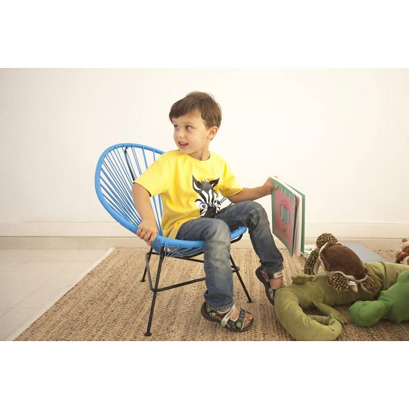 Ruben in blue baby Acapulco chair