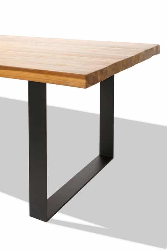 Teak table detail1